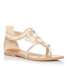 Cute sandal!