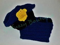 Using multiple crochet stitches you can work up this cute Police Hat and Diaper Set for your little one. Made for a little boy or little girl you can dress you baby up for fun photo shoots or Halloween.
