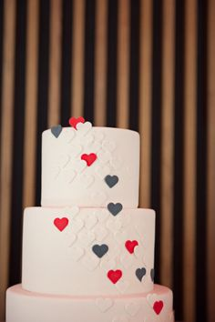 modern heart wedding cake