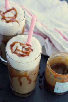 Iced Almond Milk Caramel Lattes - yum! We suggest using Original Almond Breeze. #recipe #drink #ice #caramel #almondmilk #almondbreeze