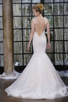 Obsessed with this back.