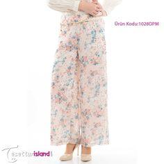 Modesty - Çiçek Desenli Pantolon 99,90 TL yerine  sadece 59,90 TL! Ürün Kodu: 1028DPM  Beden seçenekleri :36-38-40-42-44 BAYRAM FIRSATLARINDAN YARARLANMAK HEMEN İÇİN TIKLAYIN: www.tesetturisland.com