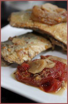 Sardinha ou peixe escabeche na panela de pressão