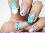 I'm saving the pic not the web page. Don't care about Acrylic nails, I just love Totoro and want to painted :) This looks sooooo cute!