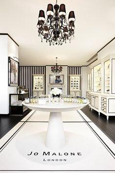 what a stunning store #Olioboard #BlackandWhite #Pinspiration
