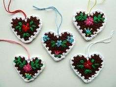 Embroidered crocheted hearts ~ Beautiful!