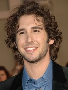 Would LOVE to see Josh Groban in concert!