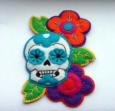 Felt sugar skull brooch