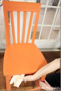 How to apply wax over Chalk Paint - by Rhoda of Southern Hospitality