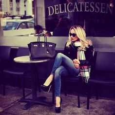 Hermës Bag, Zara Coat, Topshop Scarf, Office London Shoes, Zara Jeans