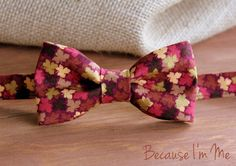 Boys Bow Tie - Fall, Thanksgiving Leaves on Woven Cotton, bowtie for infant, toddler, child