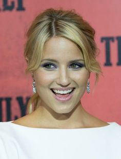 Red carpet hairstyle. Curly ponytail - Diana Agron. Celebrity hairstyle.