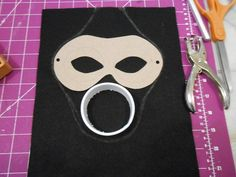 How to make a mask. Empty Child Gas Mask - Step 2