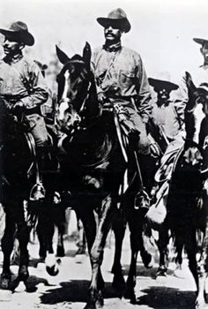General Ángeles became one of Villa's principal military and intellectual advisers. He participated as Chief of Artillery in the great military triumphs of 1914: the capture of Torreón, and the capture of Zacatecas in May 1914.