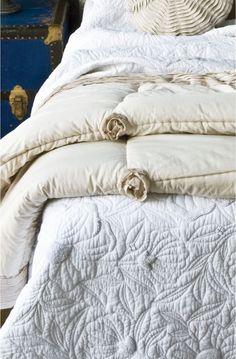 Pretty, pretty bed linens~❥