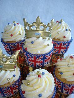 Royal Wedding Cupcakes by Darcy's Cupcake Creations, via Flickr