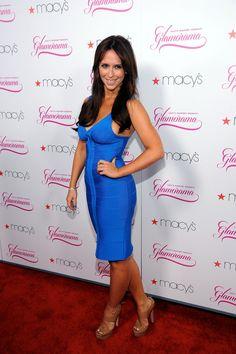Jennifer Love Hewit in a blue body con dress