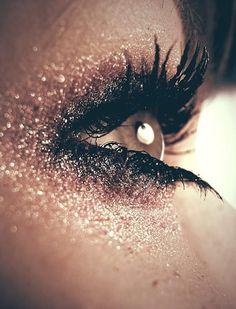 glitter eye.