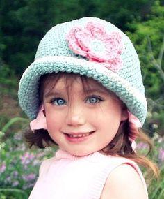 """Girl Crotchet Cloche"" #crochet   SOOOOO Cute!!! @Jon Smith'n'Amber Cline"