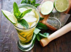 Iced Green Tea Mojito (w/ mocktail version) #Recipe   #cocktail #skinny #ww #diet #summer