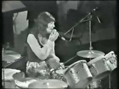 ▶ Carpenters - Bacharach Medley Live Part 1 - YouTube