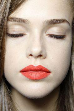 orange lip