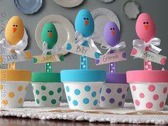 Easter Chick Craft: Colorful Place Holders from CraftsbyAmanda.com @Amanda Formaro
