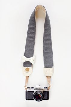 Love the 'All About The Beaus' camera strap from Bloom Theory Straps @The TomKat Studio