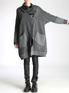 OVERSIZE JACKET KNITTED WITH THICK AND RUSTIC JERSEY AND WAX COATING