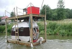 now that's a houseboat