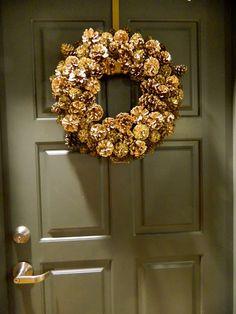 sadie + stella: DIY: Gold Glammy Pinecone Wreath
