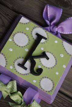 Cute idea for a little girl's bow holder