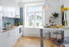 Grey-blue + white combi kitchen