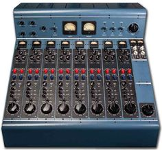 Tree Audio - Full Featured 8 Channels/2 Buss Tube Hybrid Console