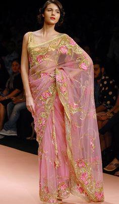 Always love pastel colour saree