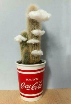 cactus y nubes