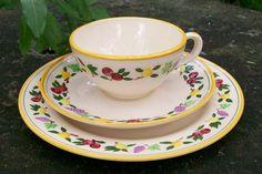 "33.00 Franciscan ""Original / Small Fruit"" Cup, Saucer & 8"" Plate Set"