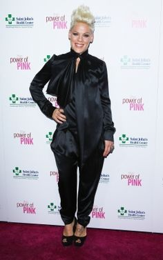 #Celebrity #Charity Pink steps out at St. John's Health Center and John Wayne #Cancer Institute's 'Power of Pink' event at Sony Pictures Studios in Culver City on 11/12/12
