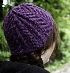 Delaware is for Cables hat: Knitty First Fall 2014