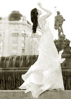 Beautiful Femenine Wedding Dress