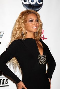 Beyonces beach waves hairstyle