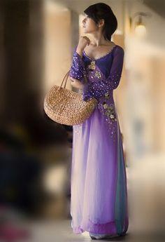 Áo dài cách điệu - CT651 / Short hair or long hair, the dress still perfect with you :)