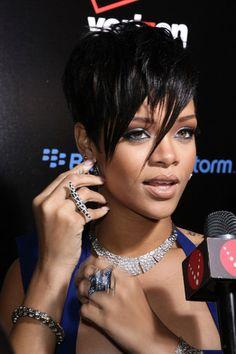 Rihanna's edgy short hairstyle
