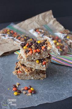 peanut butter and pretzel granola-bars