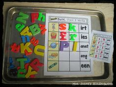 Building Blends & Digraphs! Free Sample Mat w/self-check card and recording sheet.