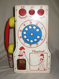OLD-MODEL VINTAGE PLAYSKOOL ALL-WOOD PAY PHONE PAY AND PLAY DOORKNOB TELEPHONE