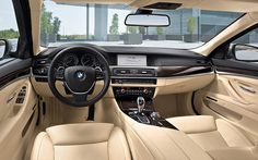 BMW 5 Series Sedan : Interior