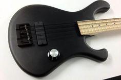 Bootleg Guitars Pounder Bass
