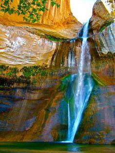 Calf Creek Falls - Grand Staircase - Escalante National Monument - Utah, USA