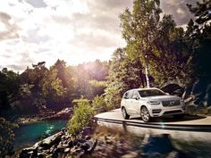 Cars & Life | Cars Fashion Lifestyle Blog: Why You Should Buy a Volvo XC90 Instead of a Range Rover?